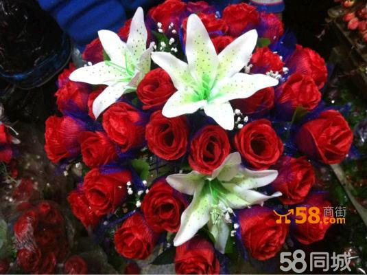 红玫瑰百合手捧花结婚花